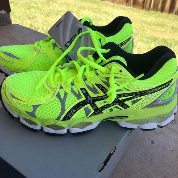 2e77fb64f80e NWT ASICS Gel-Nimbus 16 Lite Show Running Shoes